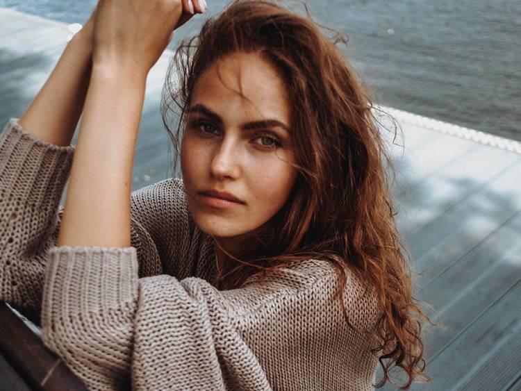 Das Covergirl Elena Carrière